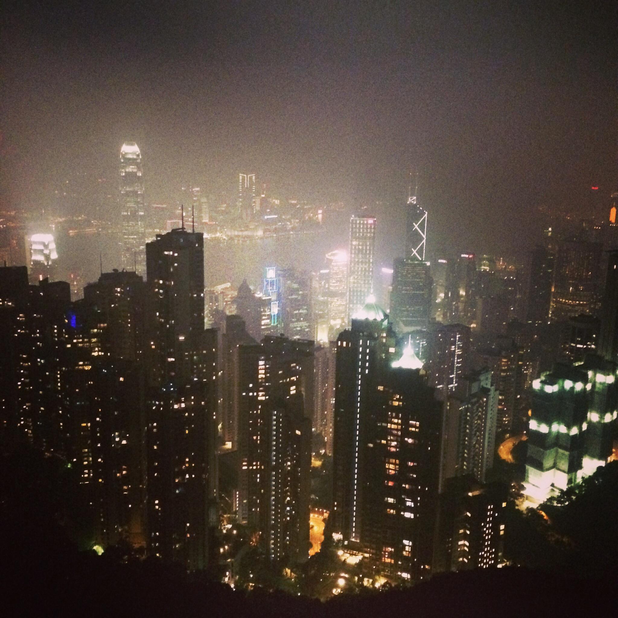 無事出発してます!From香港