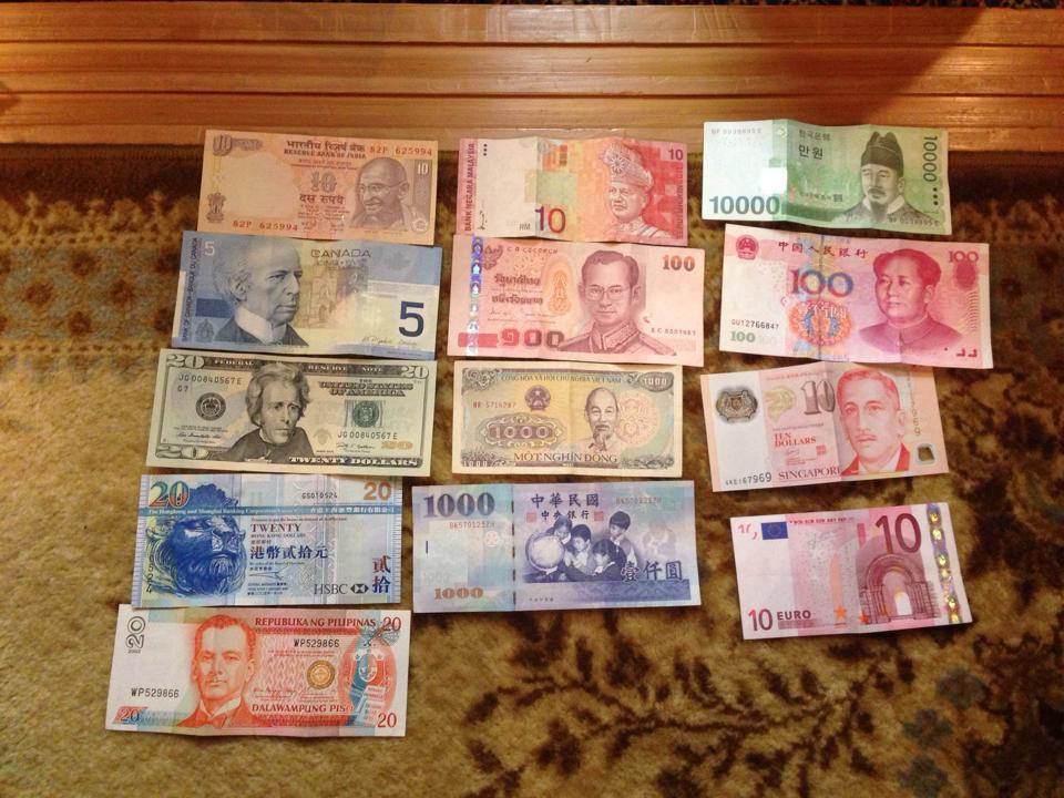 世界一周中、各国のお金はどうやって手に入れるの?