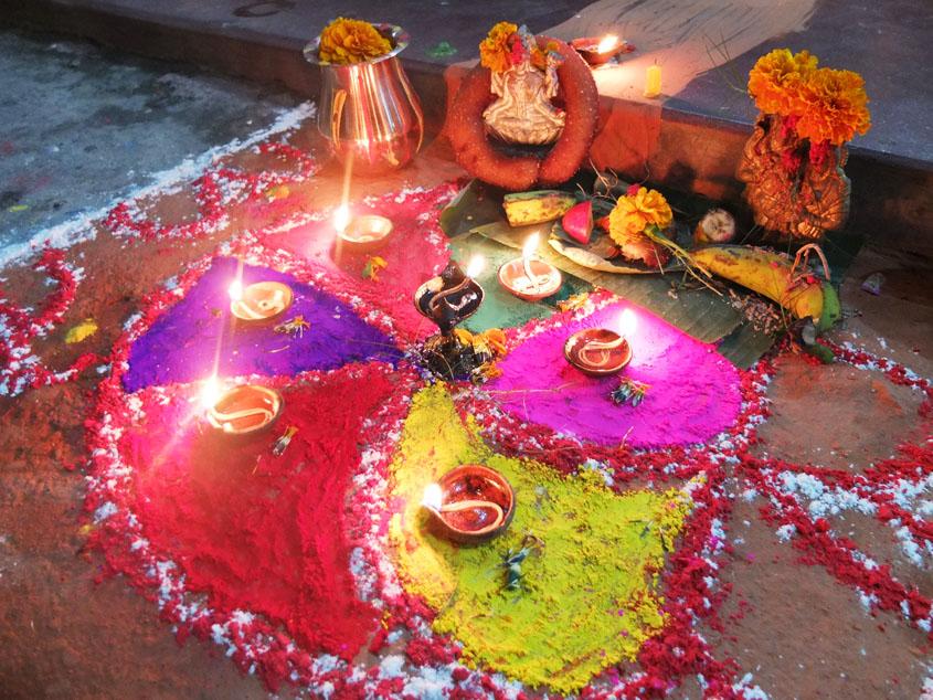 ネパールの新年、ハッピーティハール!